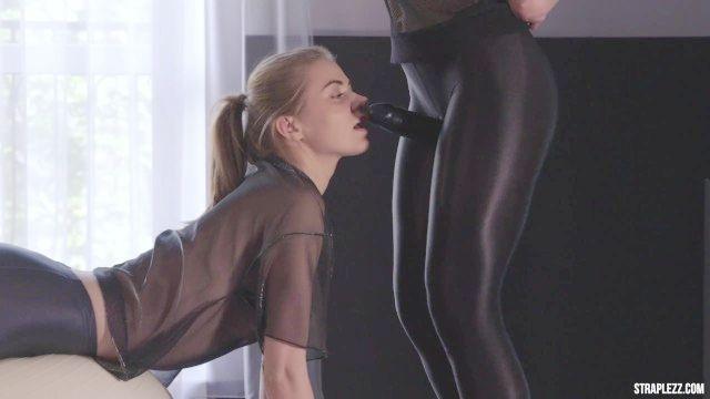 strapless vibrador lésbicas treino beijando e tesoura leggings de seda
