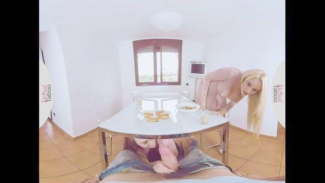 виртуальное табу почти поймали сосать братьев член под столом