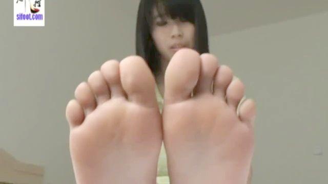 Asiatisch Boss Fuß Anbetung