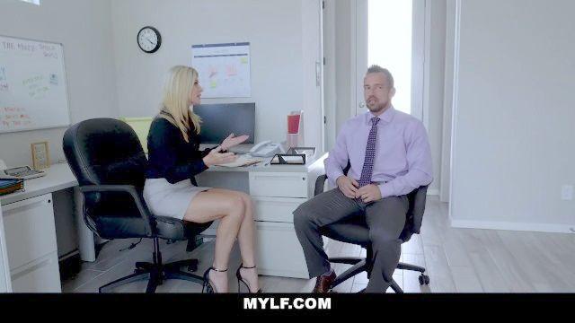 MYLF Chef Hündin durch Mitarbeiter creampied