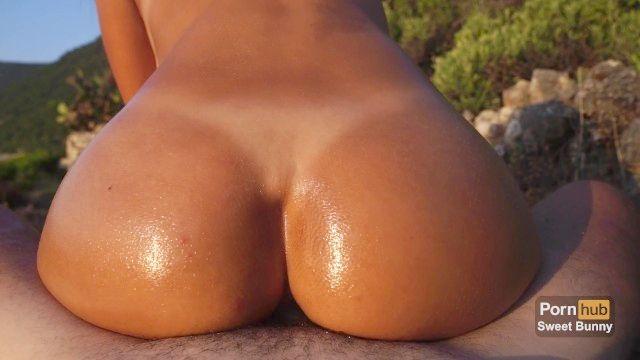 sexo anal ao pôr do sol em uma praia pública amador coelho doce
