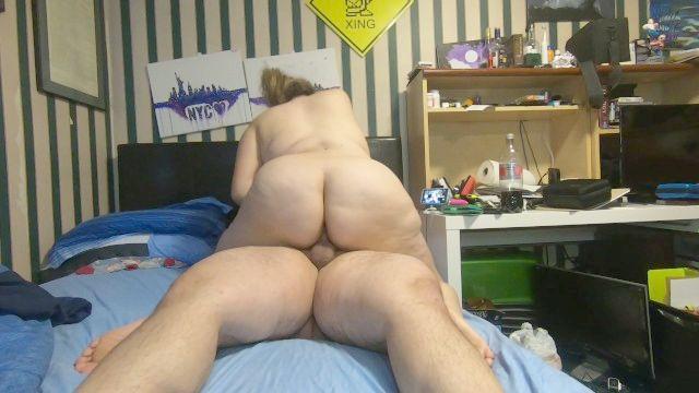 ich reite meinen Mann zum Orgasmus dann fickt er mich härter und cums