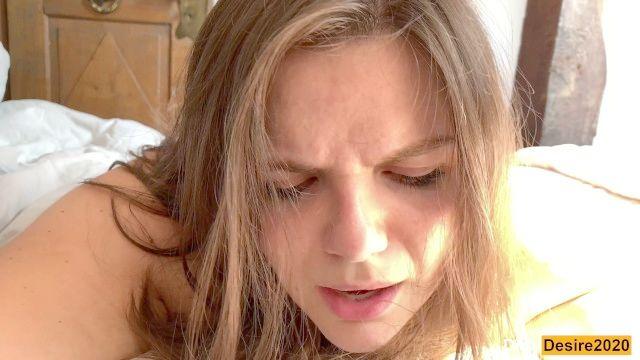 menina inocente recebe seu rabo apertado punidos Painal