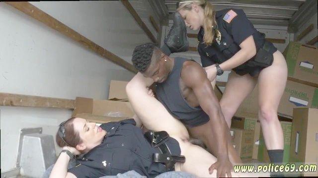 COP hipnotizado porno chica y fotografías galería de policía de sexo y porno de chica