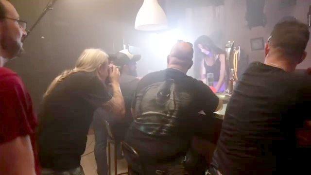 Como se hace una escena porno detrás de las cámaras
