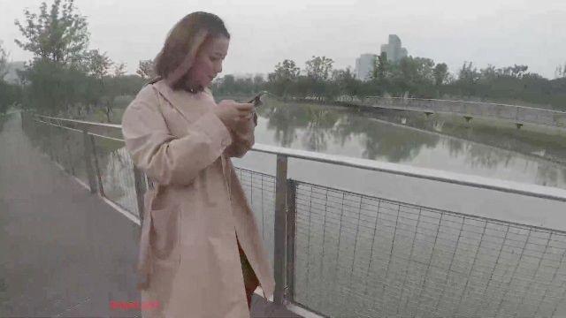 chinesische Modell 最新 美乳 网 红火 儿 『舌尖 上 的 高潮』 羞耻 裸体 游街 媲美 『北京 天使』 黑丝 高跟 滴滴 车上 露 穴 挑逗