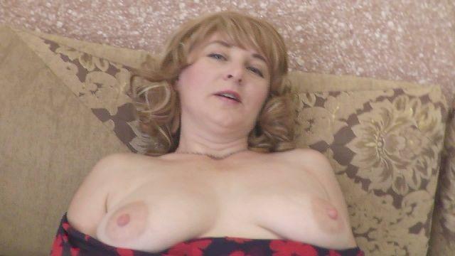 Klitoris Masturbation Orgasmus. nass Kitzler Vulva. starke nass spritzen mom Tabu