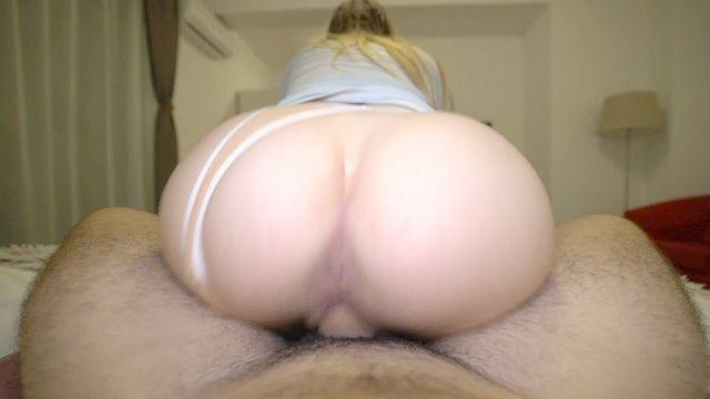 Stiefschwester fing ich Porno beobachten, während sie und hilft mir cum innen schlafen