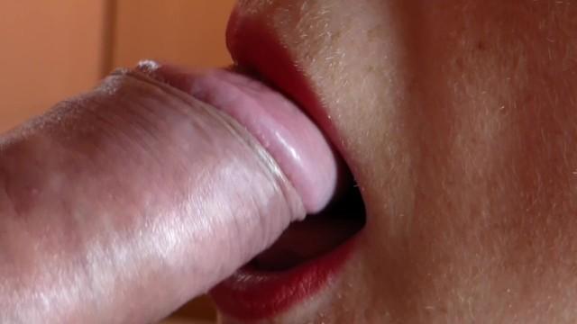 Close Up Blowjob / Mamada De Cerca