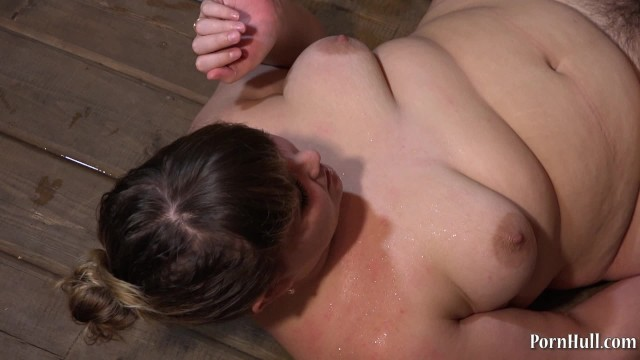 Golden Rain, Foot Fetish, Cunnilingus And Young Lesbians