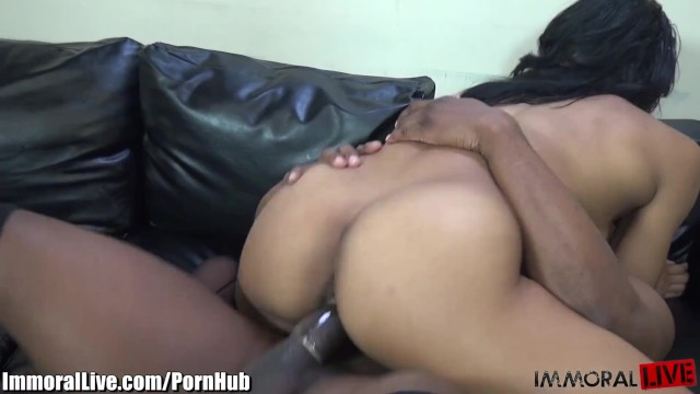 Immorallive Muscled Ebony Babe Fucking A Huge Black Cock
