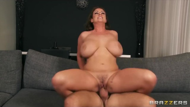 Big-tit Brunette Milf Eva Notty Fucks Her Daughter