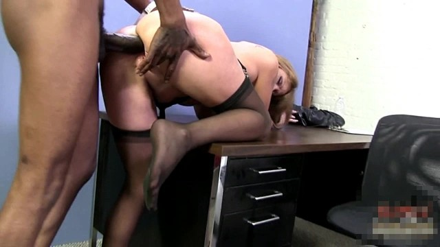 Sexy Cougar Darla Crane Loves Anal From Bbc