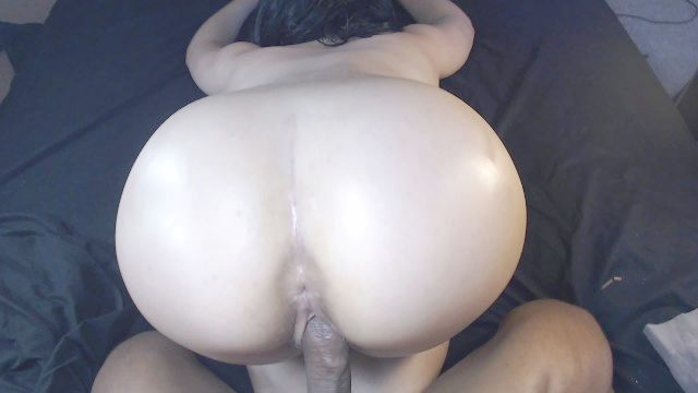 Big Booty White Angel In University Does Pov & Gets Creampied By Top Willy !