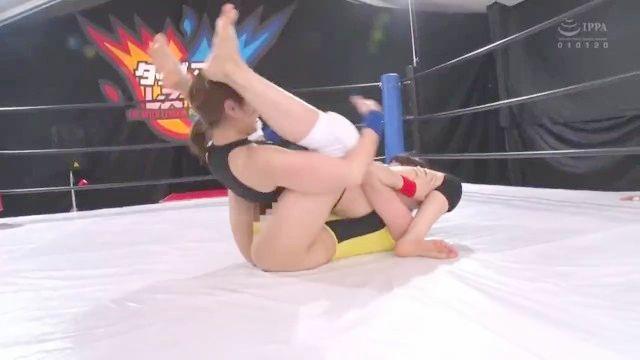 Японская лесбийская борьба