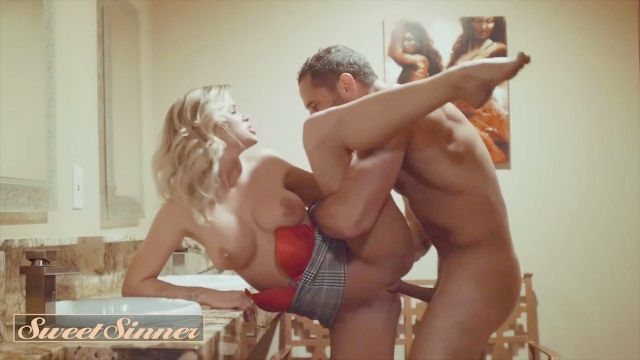 Sweetsinner - Huge Breasts Blond Jessa Rhodes Cucks Her Husband With His Boss