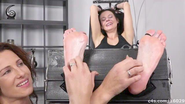 Czech Beautiful Mommy Foot Tickle Torture