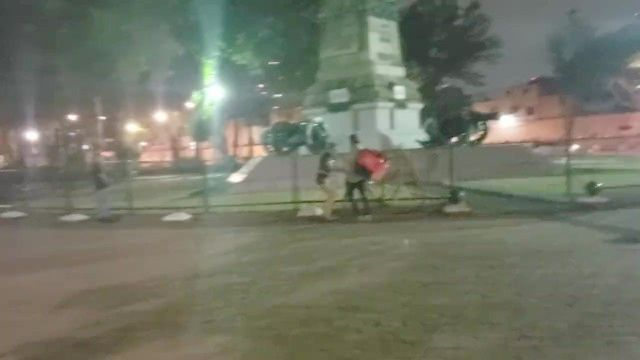 Mexicana Ofreciendo Mamadas Gratis En La Calle, Mamada Al De Rappi (parte1)