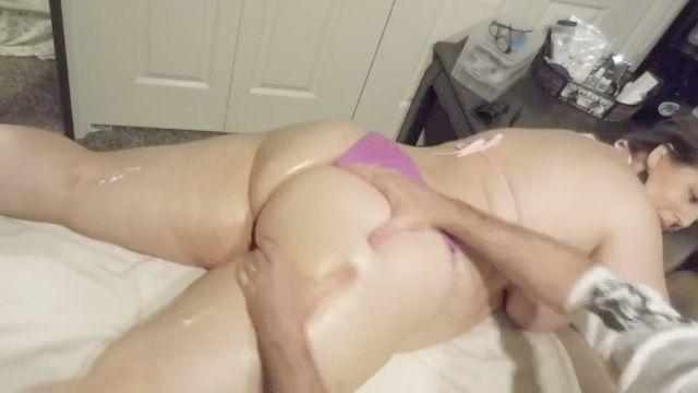 Ursula Sward Plus Sized Beauty Massage